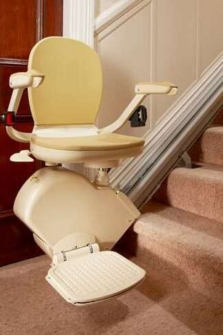 Brooks Lincoln 130 Stairlift