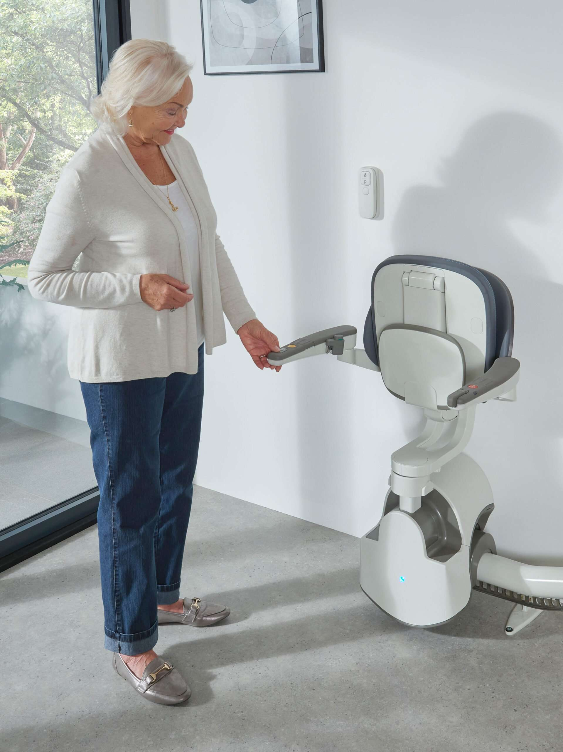 Access BDD Flow X Curved Stairlift